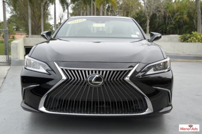 used-2019-lexus-es-350-fwd-4d-sedan-big-3