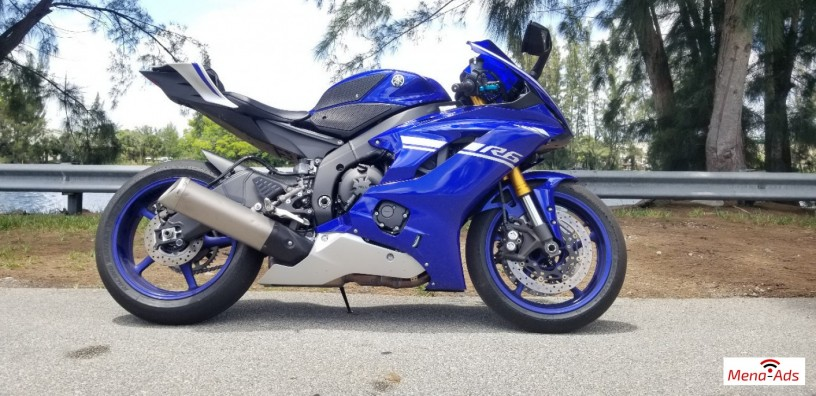 2017-yamaha-yzf-r6-motorcycle-available-big-1