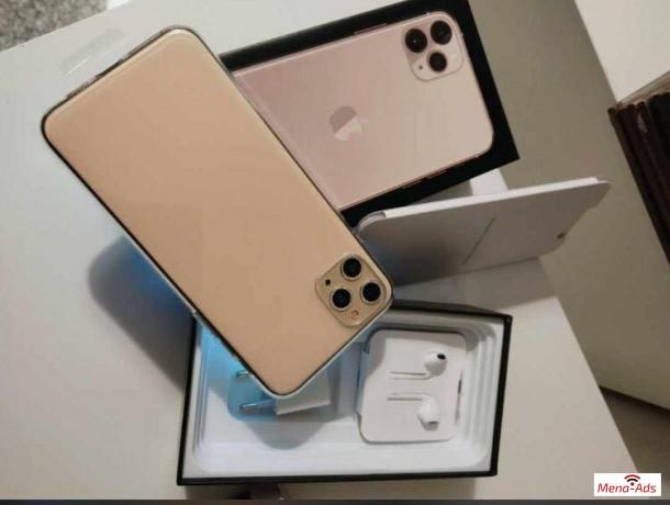 best-price-apple-iphone-11-iphone-x-whatsapp-13072969231-big-1