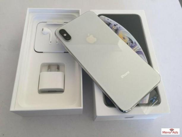 buy-unlocked-apple-iphone-11-pro-iphone-x-whatsapp-13072969231-big-0